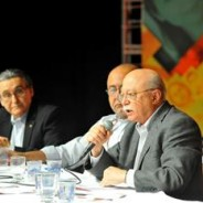 Roberto Amaral destaca a organização da militância para dar um sentido a presença nas ruas
