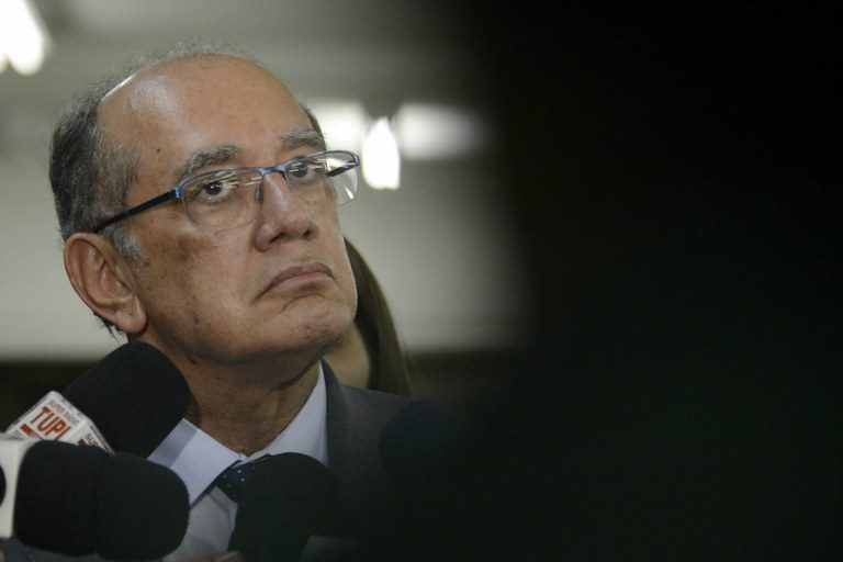 O impeachment do ministro e a pantomima de Curitiba