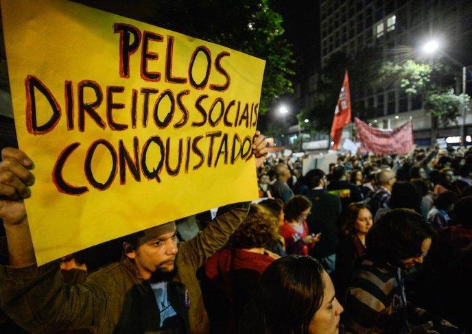 Democracia na América Latina: Lições do Brasil