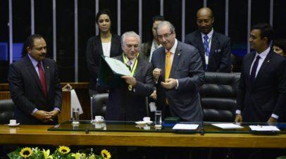 """Parlamentarismo e """"Distritão"""": o projeto Temer-Cunha ataca a soberania"""
